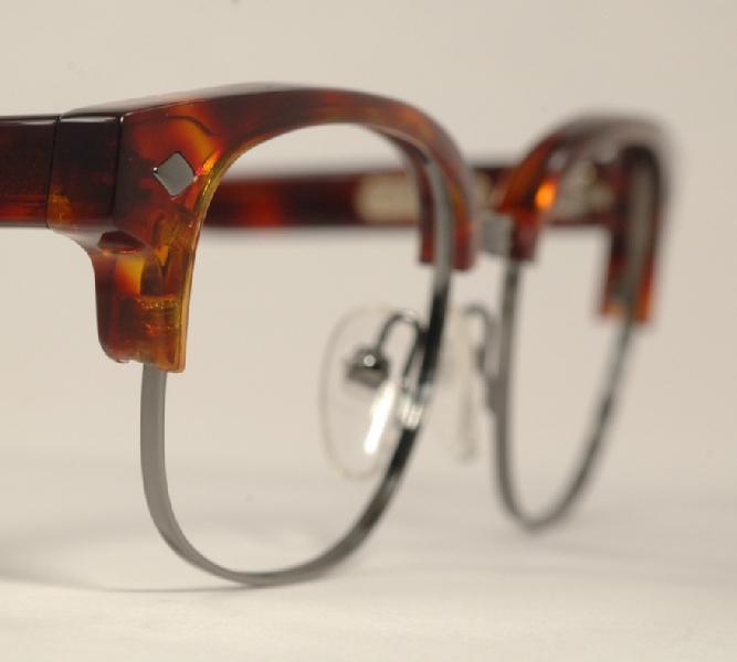 Optometrist Attic - TURA GOLDFINCH G021 SPIKE TORTOISE ...
