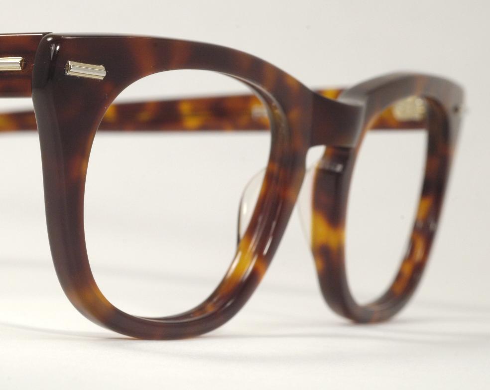 Optometrist Attic - SHURON FREEWAY TORTOISE EYEGLASS FRAMES