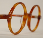 PLASTIC VINTAGE EYEGLASSES ANGLE photo, under 350 kb