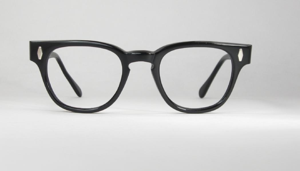 Optometrist Attic - USA MEN\'S BLACK PLASTIC VINTAGE EYEGLASSES