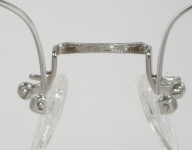 WIRE VINTAGE EYEGLASSES BRIDGE photo, under 350 kb