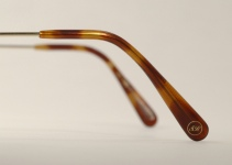 WIRE VINTAGE EYEGLASSES BRIDGE BACK photo, under 350 kb