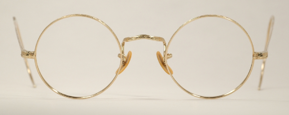 wire vintage eyeglasses front photo under 350 kb