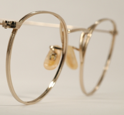 4312d73a50f Optometrist Attic - SHURON GOLD WIRE RIM FUL-VUE P3 VINTAGE EYEGLASSES
